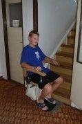 Schodišťová sedačka v rodinném domě v Rokycanech