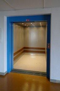 Lanový nákladní výtah Plzeň