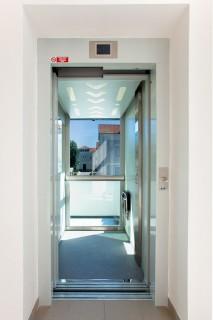 Realizace výtahu u Okresního soudu v Plzni