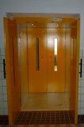 Hydraulický výtah v 28. ZŠ v Plzni
