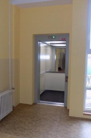 Realizace výtahů v Gymnáziu Františka Křižíka v Plzni