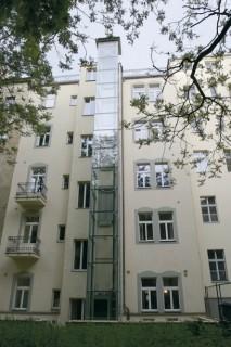 Osobní hydraulický výtah v Praze