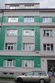 Osobní bezstrojovný výtah v Plzni
