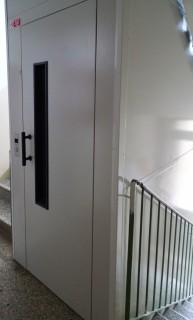 Výtahové dveře