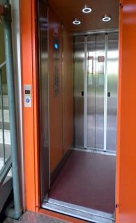 Kabinový prostor výtahu v Třemošné